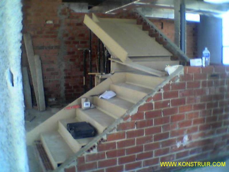 Detalle de la imagen for Encofrado de escaleras de concreto